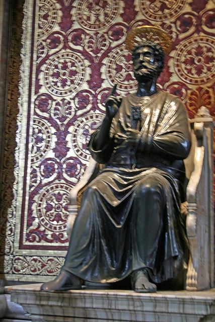 S_St Peter bronze statue Rome